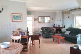 Resale - Country Property - Los Balcones