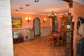 Resale - Detached Villa - San Luis