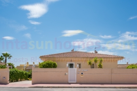 Reventa - Detached Villa - Benimar