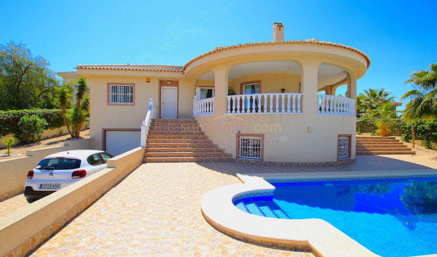 Resale - Detached Villa - Benimar