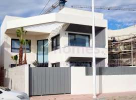 Detached Villa - Obra Nueva - Torrevieja - Playa Los Naufragos