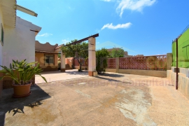 Resale - Semi Detached Villa - Los Urrutias - Punta brava